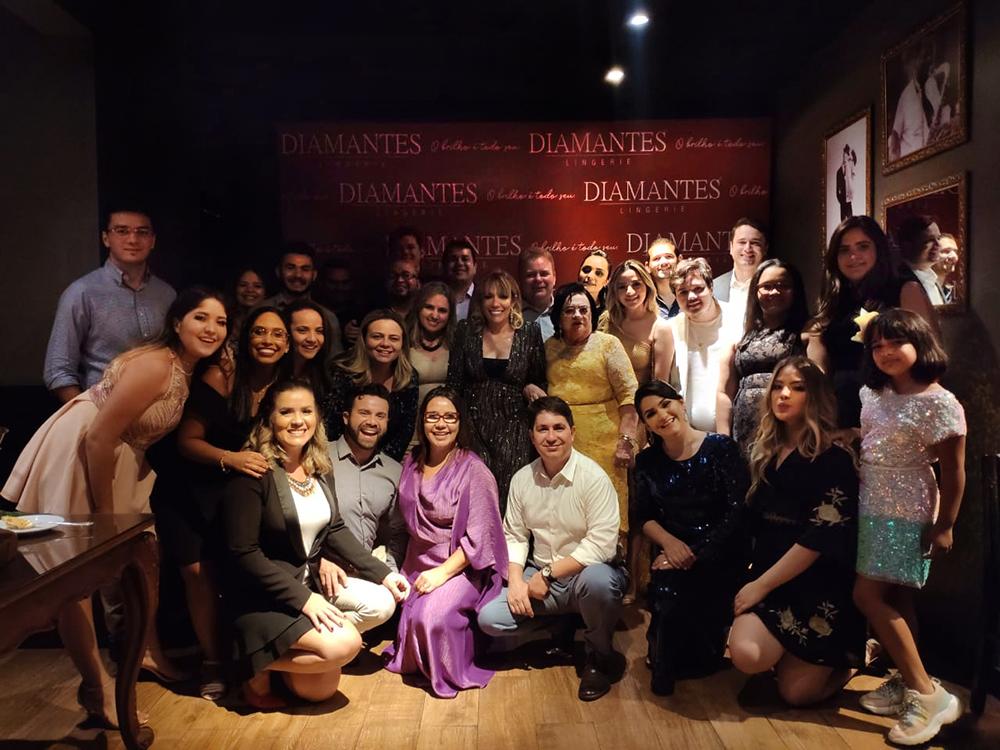 Equipe Diamantes Lingerie após a homenagem na Comanda Beni Veras 2019.